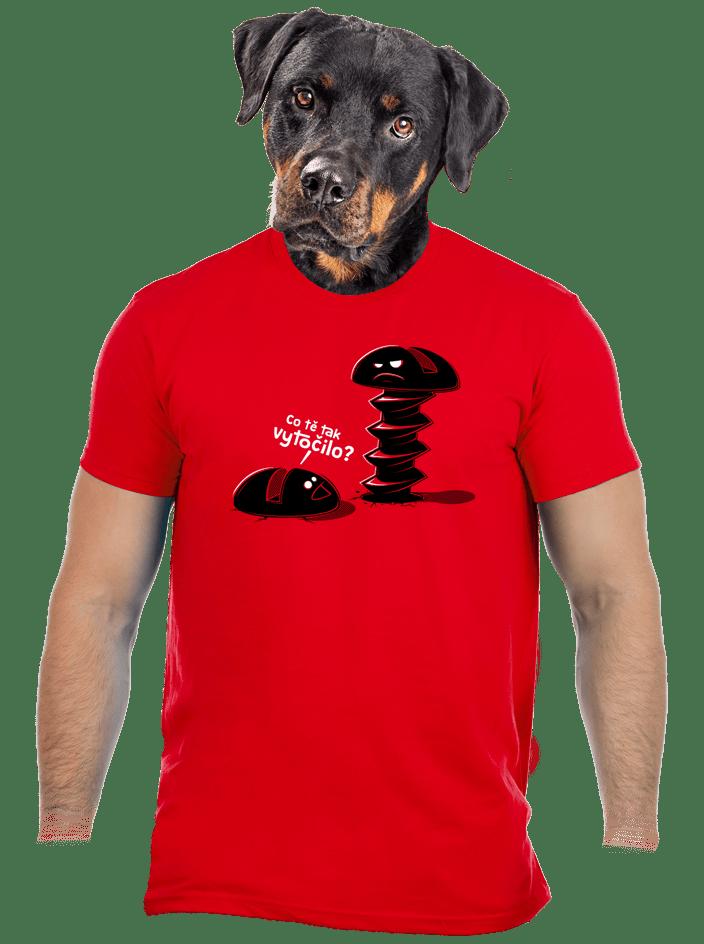 Vytočený červené pánske tričko