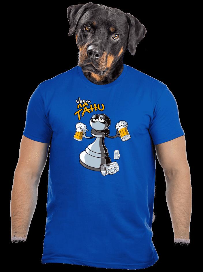 Na tahu modré pánske tričko