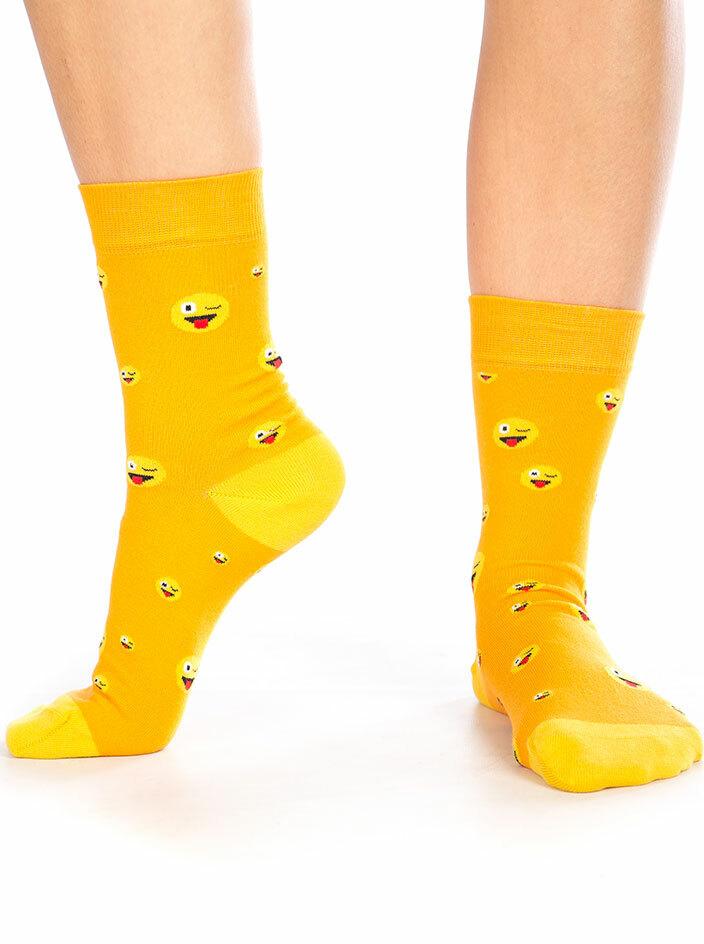 Smajlík vyplazený ponožky